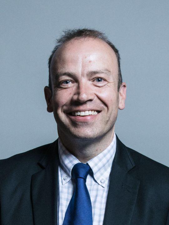 Official_portrait_of_Chris_Heaton-Harris_crop_2